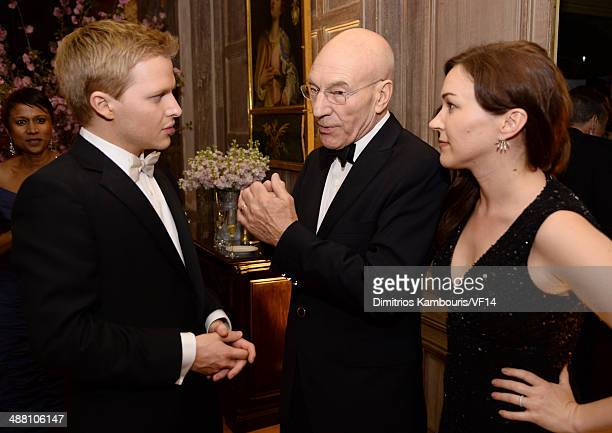 Ronan Farrow Patrick Stewart and Sunny Ozell attend the Bloomberg Vanity Fair cocktail reception following the 2014 WHCA Dinner at Villa Firenze on...