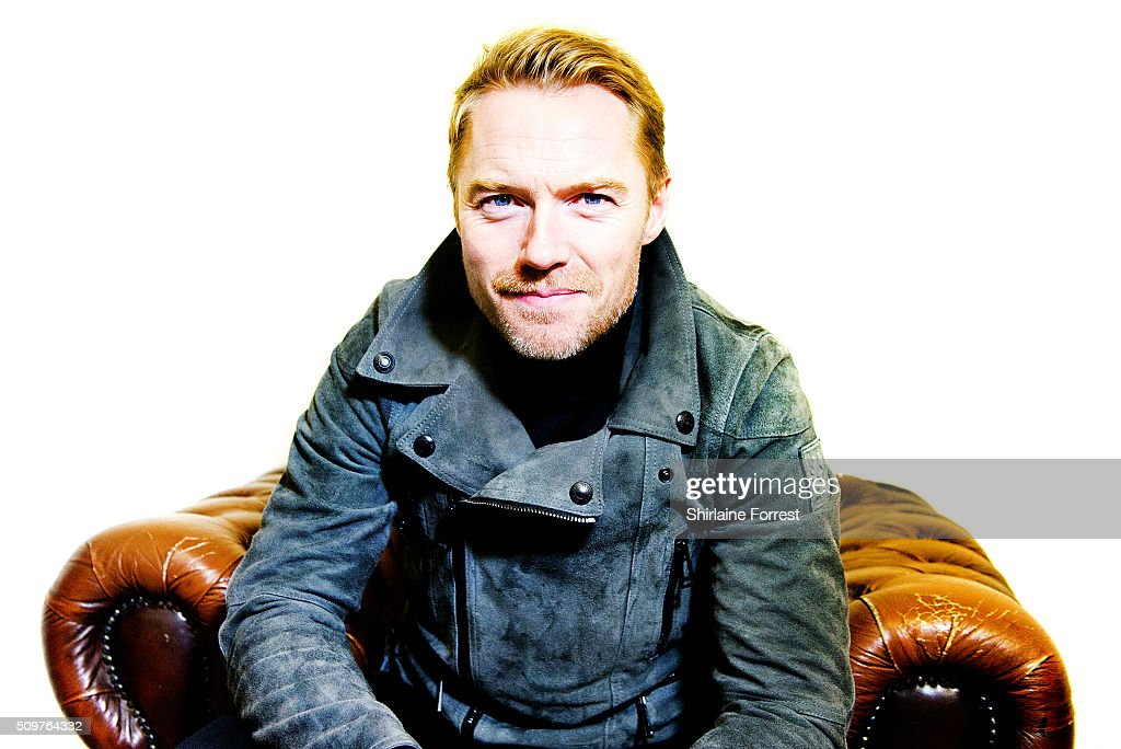 <a gi-track='captionPersonalityLinkClicked' href=/galleries/search?phrase=Ronan+Keating&family=editorial&specificpeople=201657 ng-click='$event.stopPropagation()'>Ronan Keating</a> poses backstage before meeting fans and signing copies of his new album 'Time Of My Life' at HMV Manchester on February 12, 2016 in Manchester, England.