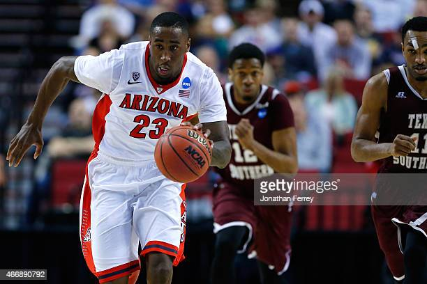 Rondae HollisJefferson of the Arizona Wildcats dribbles up court against Texas Southern Tigers in the first halk during the second round of the 2015...