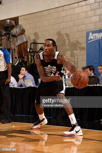 Rondae HollisJefferson of the Brooklyn Nets passes the ball against the Miami Heat on July 5 2015 at Amway Center in Orlando Florida NOTE TO USER...
