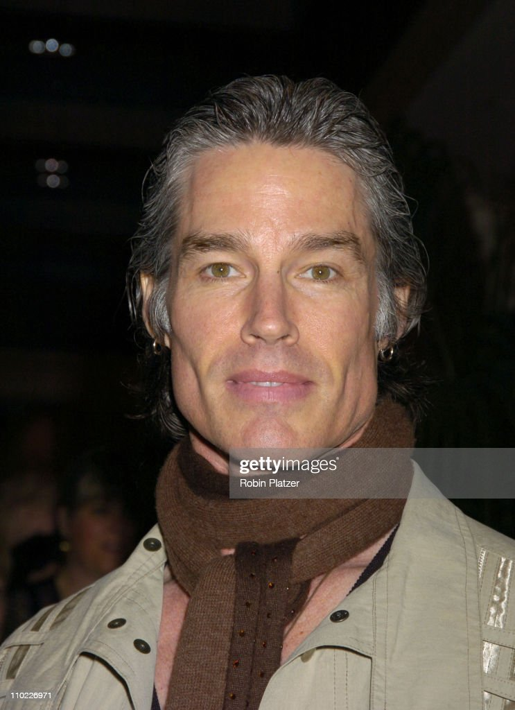 Ronn Moss during 32nd Annual Daytime Emmy Awards - Outside Arrivals at Radio City Music Hall... Show more - ronn-moss-during-32nd-annual-daytime-emmy-awards-outside-arrivals-at-picture-id110226971