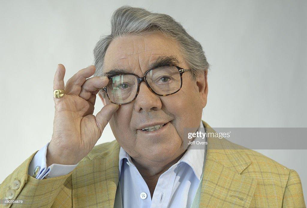 Ronnie Corbett adjusts his glasses gestures on BBC Breakfast News 30th April 2007