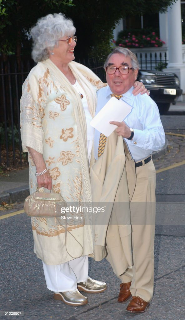 Ronnie Corbett and his wife attend David Frost's Summer Party at Carlisle Square on July 6 2004 in London