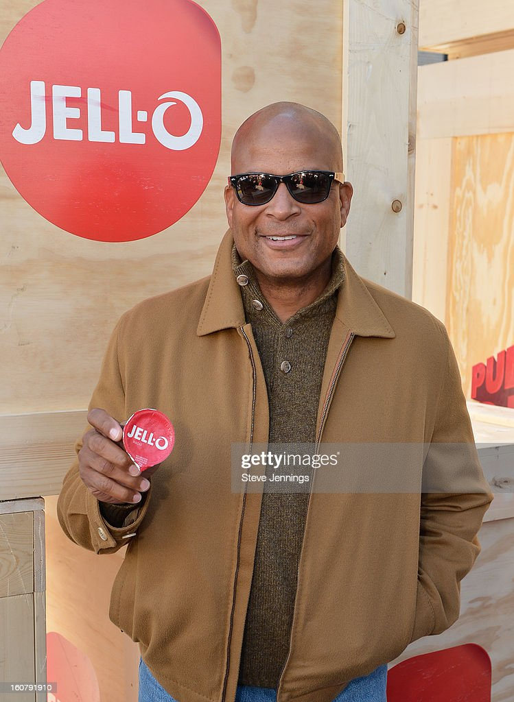 <a gi-track='captionPersonalityLinkClicked' href=/galleries/search?phrase=Ronnie+Lott&family=editorial&specificpeople=224586 ng-click='$event.stopPropagation()'>Ronnie Lott</a> attends the JELL-O Make The Taste of Defeat Sweet on February 5, 2013 in San Francisco, California.