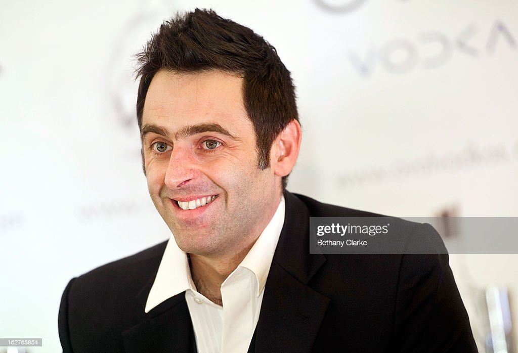 <a gi-track='captionPersonalityLinkClicked' href=/galleries/search?phrase=Ronnie+O%27Sullivan&family=editorial&specificpeople=208991 ng-click='$event.stopPropagation()'>Ronnie O'Sullivan</a> attends a press conference at Hilton London Metropole on February 26, 2013 in London, England. Reigning World Snooker Champion <a gi-track='captionPersonalityLinkClicked' href=/galleries/search?phrase=Ronnie+O%27Sullivan&family=editorial&specificpeople=208991 ng-click='$event.stopPropagation()'>Ronnie O'Sullivan</a> announced his comeback ahead of the upcoming World Snooker Championships in Sheffield in April 2013.