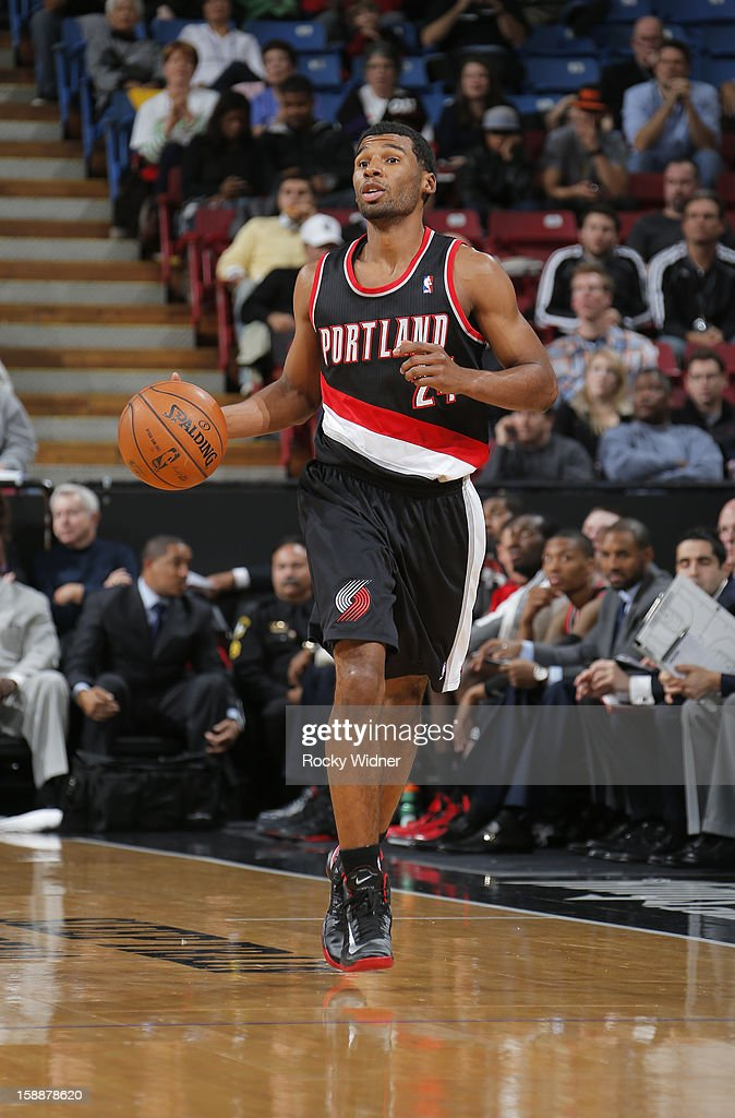 <a gi-track='captionPersonalityLinkClicked' href=/galleries/search?phrase=Ronnie+Price&family=editorial&specificpeople=654750 ng-click='$event.stopPropagation()'>Ronnie Price</a> #24 of the Portland Trail Blazers brings the ball up the court against the Sacramento Kings on December 23, 2012 at Sleep Train Arena in Sacramento, California.
