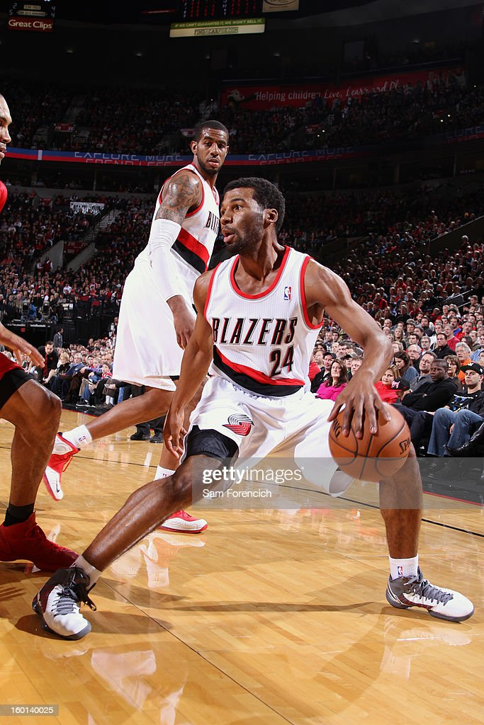 Ronnie Price #24 of the Portland Trailblazers dribbles the ball against the Los Angeles Clippers in a game on January 26, 2013 at the Rose Garden Arena in Portland, Oregon.
