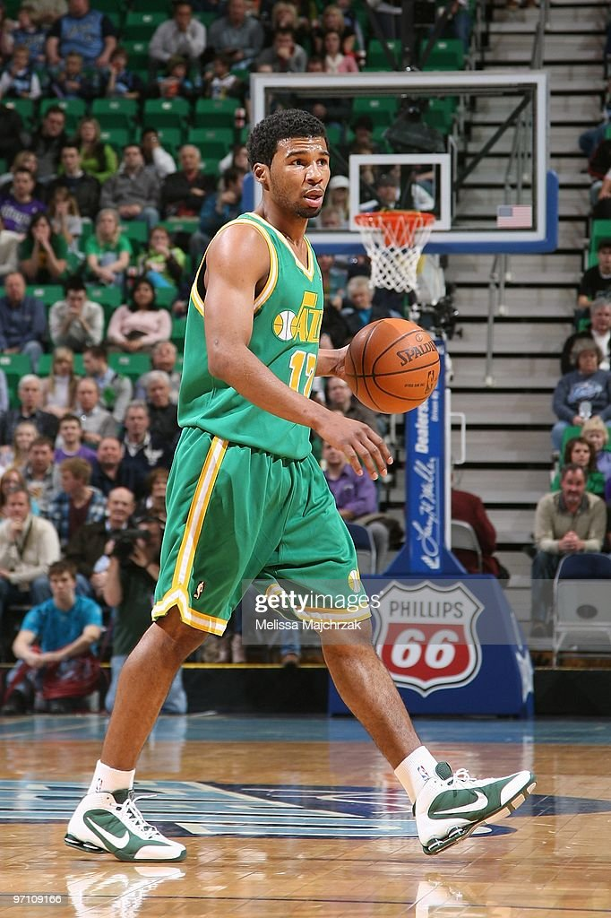 Ronnie Price of the Utah Jazz moves the ball against the Sacramento Kings during the game at EnergySolutions Arena on January 29 2010 in Salt Lake...