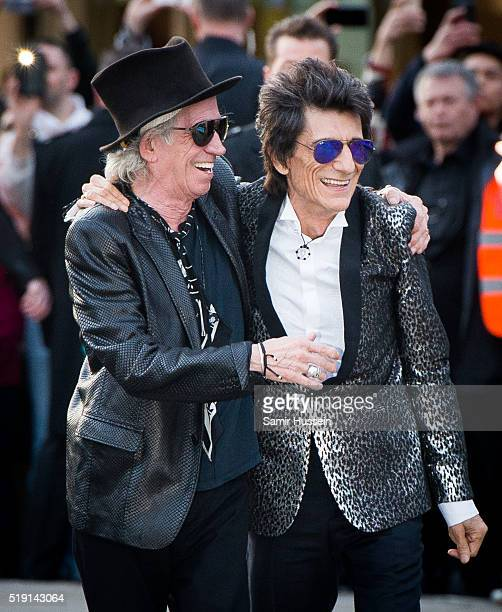 Ronnie Wood and Keith Richards of the Rolling Stones arrive for the private view of 'The Rolling Stones Exhibitionism' Saatchi Gallery on April 4...
