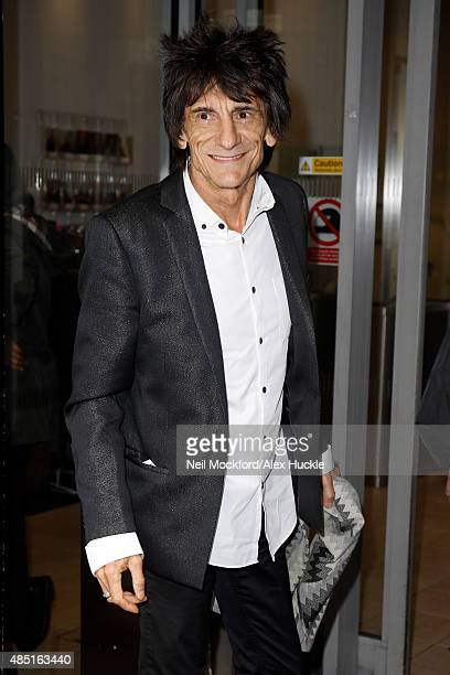 Ronnie Wood seen arriving at the BBC Radio 2 studios on August 25 2015 in London England Photo by Neil Mockford/Alex Huckle/GC Images