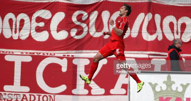 Ronny Koenig of Zwickau celebrates the second goal during the Third League Match between FSV Zwickau and Hallescher FC on April 02 2017 in Zwickau...