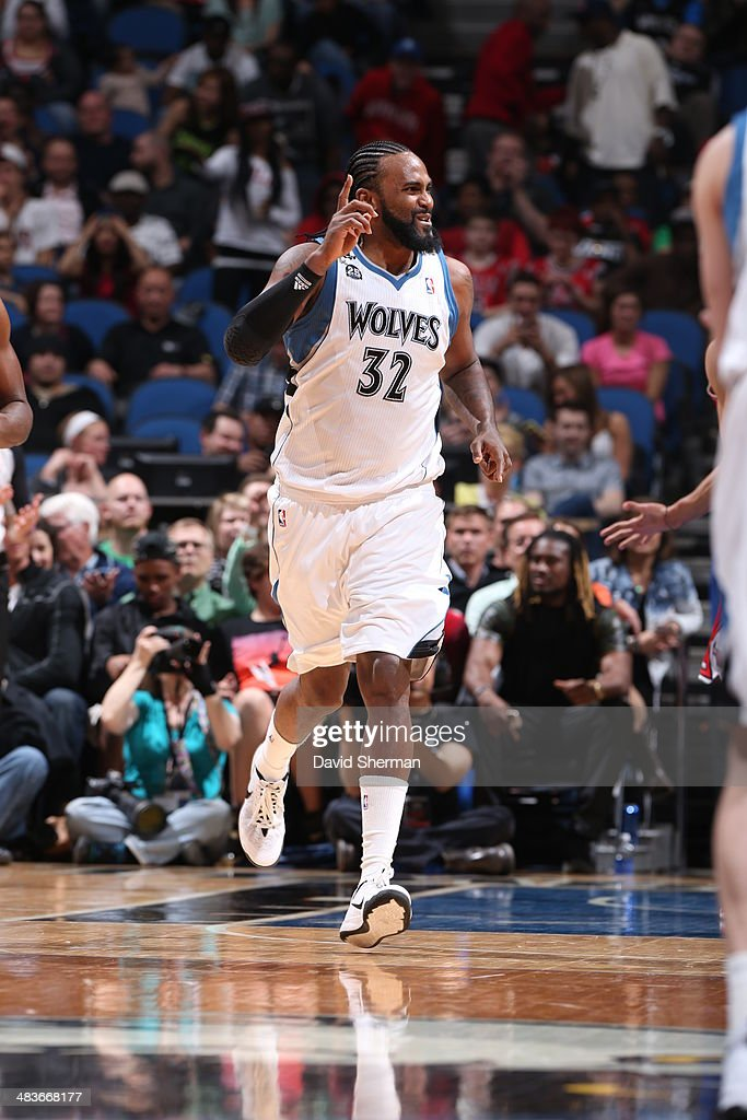 Ronny Turiaf #32 of the Minnesota Timberwolves drives to the basket against the Chicago Bulls during the game on April 9, 2014 at Target Center in Minneapolis, Minnesota.