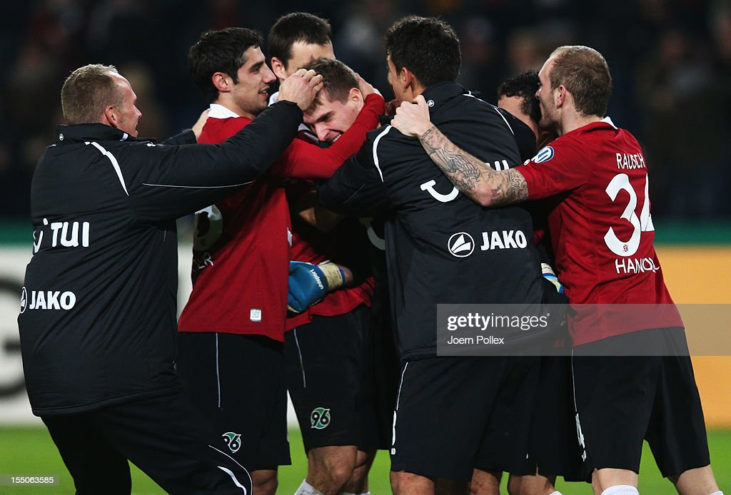 RonRobert Zieler of Hannover celebrates with his team mates afer winning during the second round DFB Cup match between Hannover 96 and Dynamo Dresden...