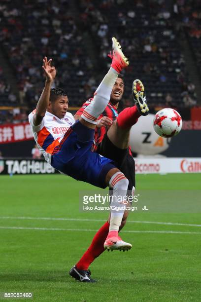 Rony of Albirex Niigata and Reis of Consadole Sapporo compete for the ball during the JLeague J1 match between Consadole Sapporo and Albirex Niigata...