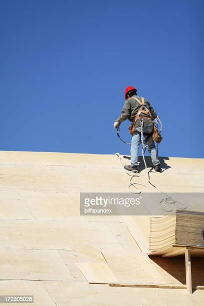 Dachdecker In Safety Harness