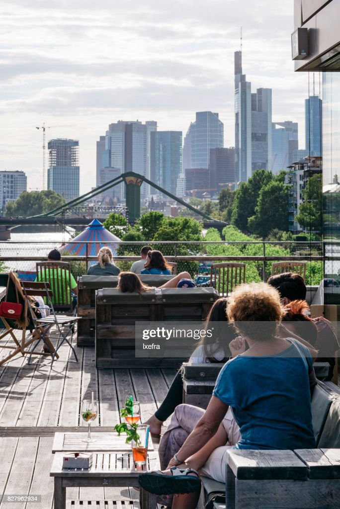 Rooftop bar with a view to Frankfurt skyline : Foto stock