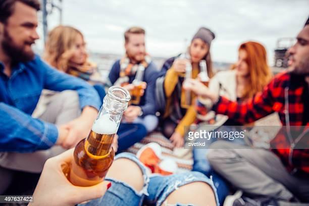 party auf dem Dach.