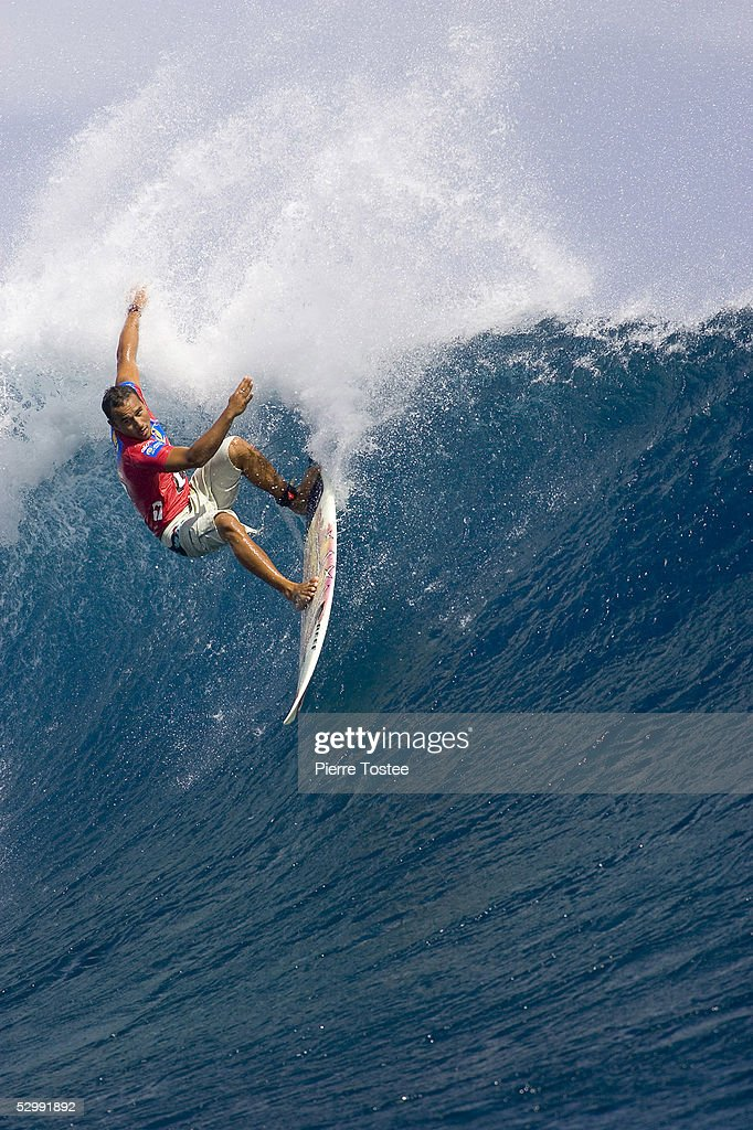 Rookie WCT pro surfer Hawaiian Fred Patacchia causes a major upset in round one of the Globe WCT Fiji May 28, 2005 in Tavarua Island, Fiji. Patacchia overcame former world number two Californian Shane Beschen and former world number three Brazilian Victor Ribas to advance directly through to round three of the event.