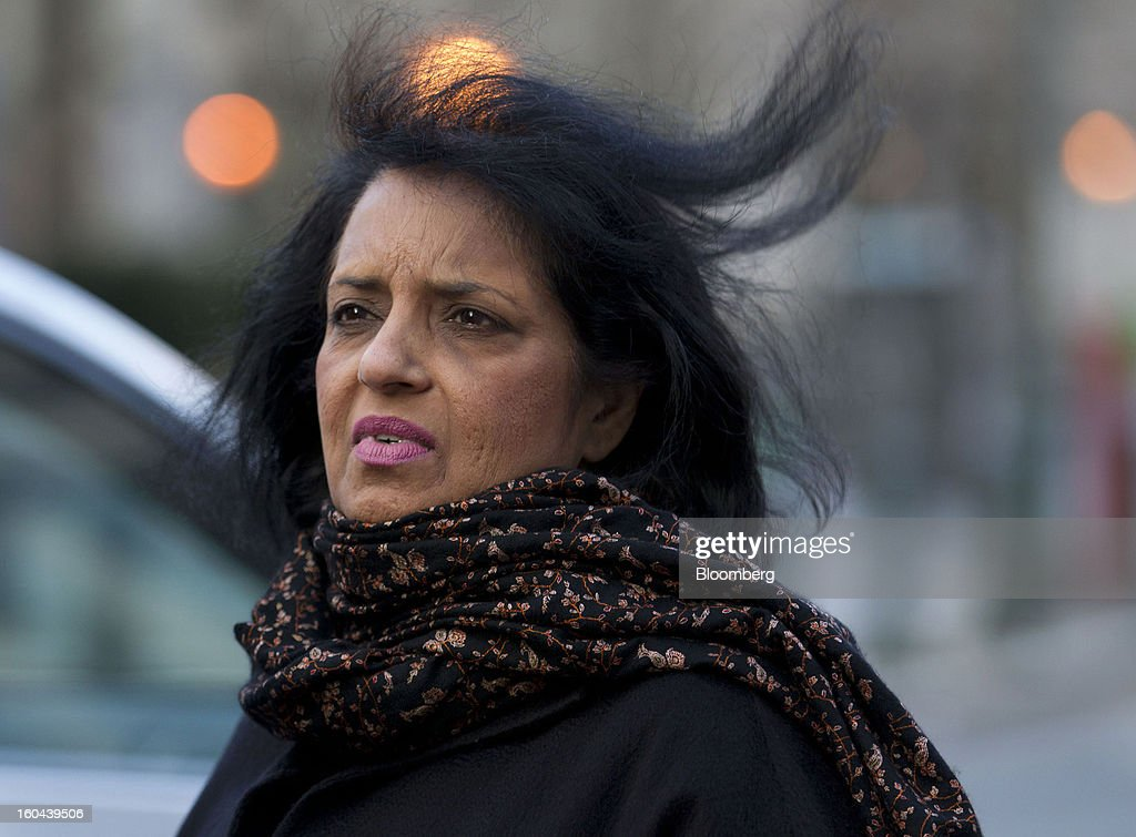 Roomy Khan, a former Intel Corp. executive, exits federal court following a sentencing hearing in New York, U.S., on Thursday, Jan. 31, 2013. Khan, twice convicted of passing illegal tips to Raj Rajaratnam, was sentenced to one year in prison today. Photographer: Jin Lee/Bloomberg via Getty Images
