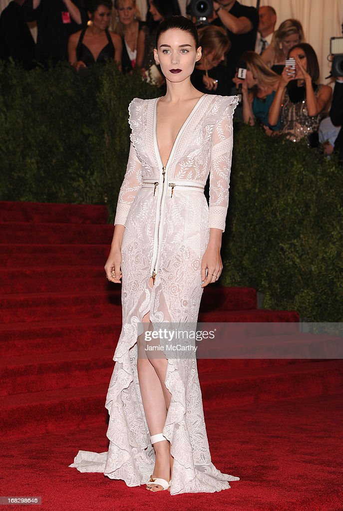 <a gi-track='captionPersonalityLinkClicked' href=/galleries/search?phrase=Rooney+Mara&family=editorial&specificpeople=5669181 ng-click='$event.stopPropagation()'>Rooney Mara</a> attends the Costume Institute Gala for the 'PUNK: Chaos to Couture' exhibition at the Metropolitan Museum of Art on May 6, 2013 in New York City.
