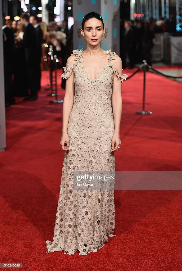 <a gi-track='captionPersonalityLinkClicked' href=/galleries/search?phrase=Rooney+Mara&family=editorial&specificpeople=5669181 ng-click='$event.stopPropagation()'>Rooney Mara</a> attends the EE British Academy Film Awards at the Royal Opera House on February 14, 2016 in London, England.