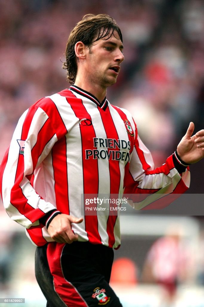 http://media.gettyimages.com/photos/rory-delap-southampton-picture-id651829992