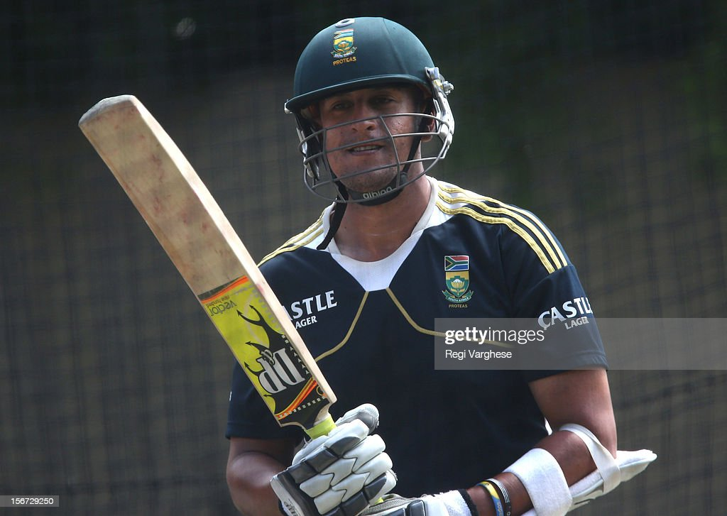 Rory Kleinveldt bats during a South African Proteas training session at Adelaide Oval on November 20, 2012 in Adelaide, Australia.