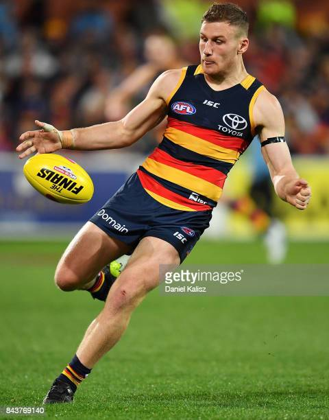 Rory Laird of the Crows kicks the ball during the AFL First Qualifying Final match between the Adelaide Crows and the Greater Western Sydney Giants...