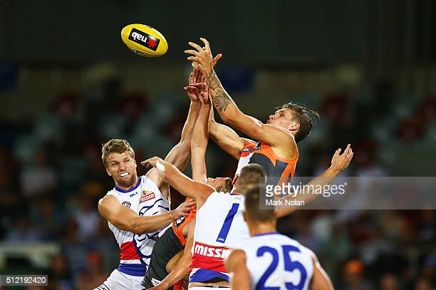 Rory Lobb of the Giants contests possession during the 2016 AFL NAB Challenge match between Greater Western Sydney Giants and the Western Bulldogs at...