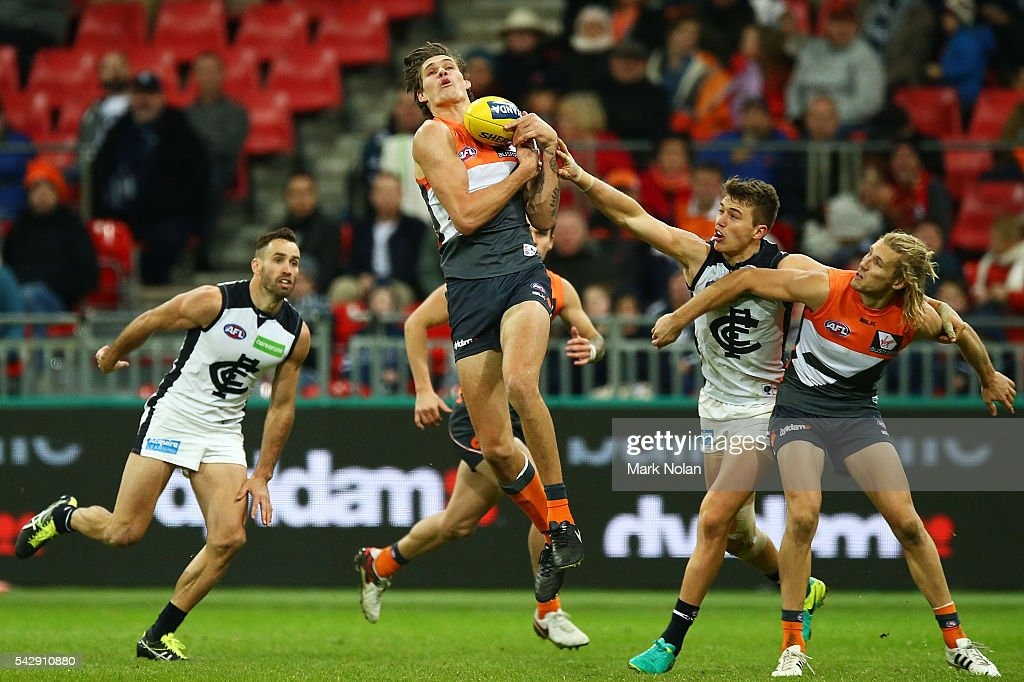 Rory Lobb of the Giants takes a mark during the round 14 AFL match between the Greater Western Sydney Giants and the Carlton Blues at Spotless Stadium on June 25, 2016 in Sydney, Australia.