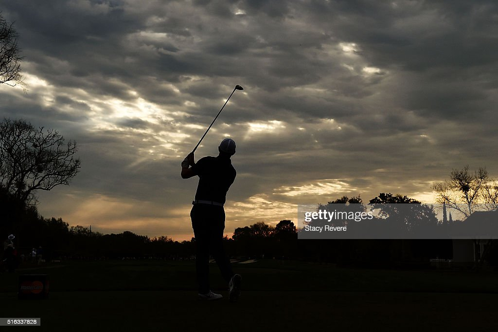 Rory McIlroy of Northern Ireland hits his tee shot on the 11th hole during the second round of the Arnold Palmer Invitational Presented by MasterCard at Bay Hill Club and Lodge on March 18, 2016 in Orlando, Florida.