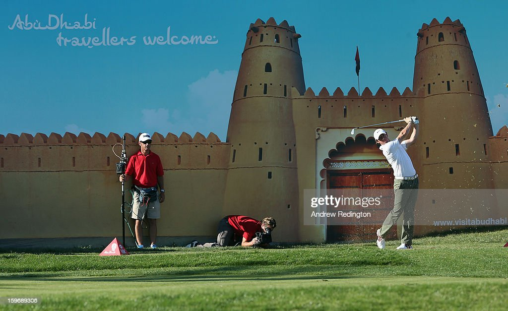 Rory McIlroy of Northern Ireland hits his tee shot on the 15th hole during the second round of The Abu Dhabi HSBC Golf Championship at Abu Dhabi Golf Club on January 18, 2013 in Abu Dhabi, United Arab Emirates.