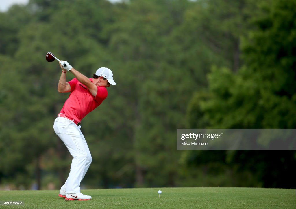 Rory McIlroy of Northern Ireland hits his tee shot on the fourth hole during the second round of the 114th U.S. Open at Pinehurst Resort & Country Club, Course No. 2 on June 13, 2014 in Pinehurst, North Carolina.