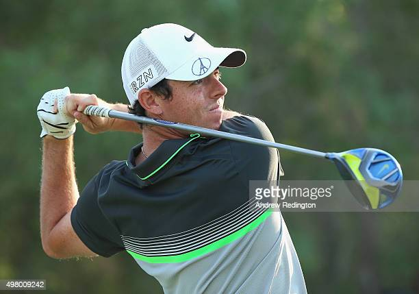 Rory McIlroy of Northern Ireland hits his teeshot on the 18th hole during the second round of the DP World Tour Championship on the Earth Course at...