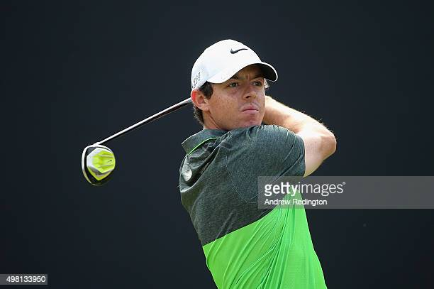 Rory McIlroy of Northern Ireland hits his teeshot on the third hole during the third round of the DP World Tour Championship on the Earth Course at...