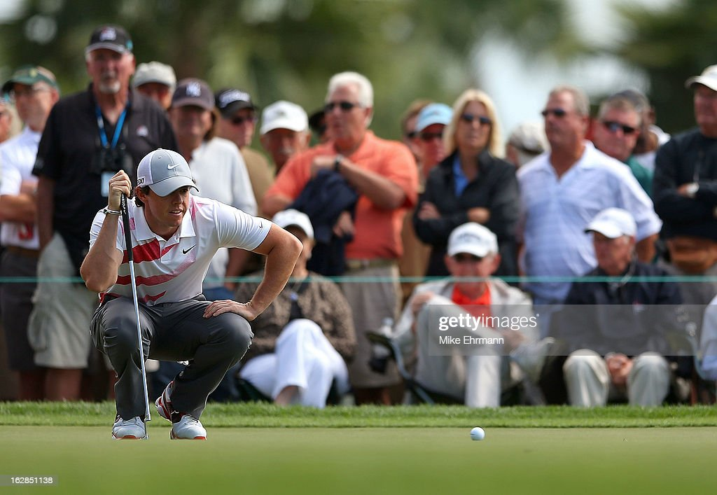 Rory McIlroy of Northern Ireland lines up a putt on the fifth hole during the first round of the Honda Classic at PGA National Resort and Spa on February 28, 2013 in Palm Beach Gardens, Florida.