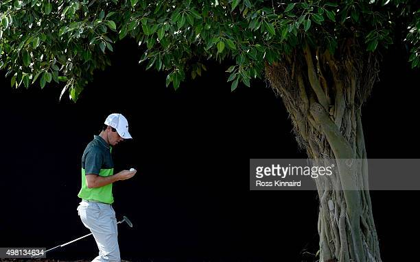 Rory McIlroy of Northern Ireland makes his way on to the 7th tee during the third round of the DP World Tour Championship on the Earth Course at...