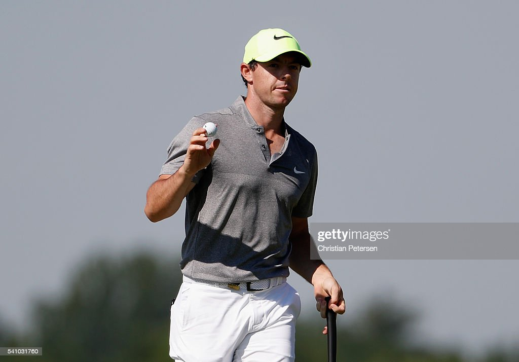 <a gi-track='captionPersonalityLinkClicked' href=/galleries/search?phrase=Rory+McIlroy&family=editorial&specificpeople=783109 ng-click='$event.stopPropagation()'>Rory McIlroy</a> of Northern Ireland reacts on the 12th green during the continuation of the second round of the U.S. Open at Oakmont Country Club on June 18, 2016 in Oakmont, Pennsylvania.