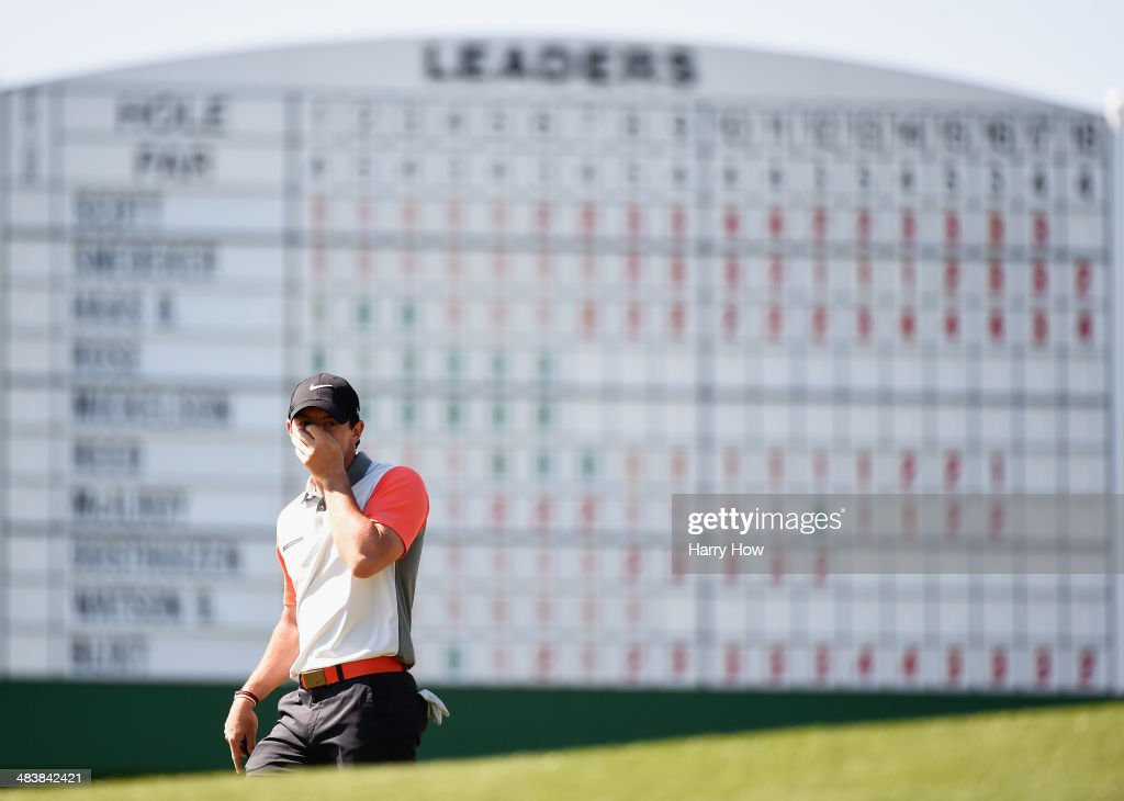 <a gi-track='captionPersonalityLinkClicked' href=/galleries/search?phrase=Rory+McIlroy&family=editorial&specificpeople=783109 ng-click='$event.stopPropagation()'>Rory McIlroy</a> of Northern Ireland reacts to a putt on the 18th green during the first round of the 2014 Masters Tournament at Augusta National Golf Club on April 10, 2014 in Augusta, Georgia.