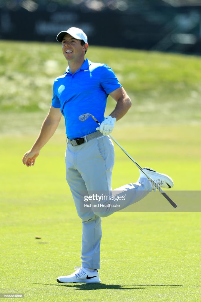 Rory McIlroy of Northern Ireland reacts to his approach tot he 10th green during the final round of the Arnold Palmer Invitational Presented By MasterCard at Bay Hill Club and Lodge on March 19, 2017 in Orlando, Florida.