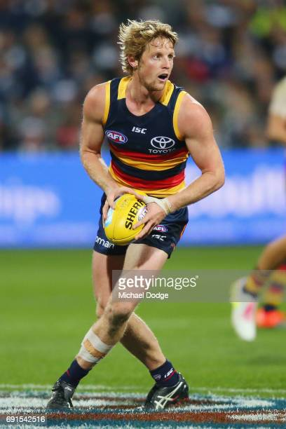 Rory Sloane of the Crows looks upfield during the round 11 AFL match between the Geelong Cats and the Adelaide Crows at Simonds Stadium on June 2...
