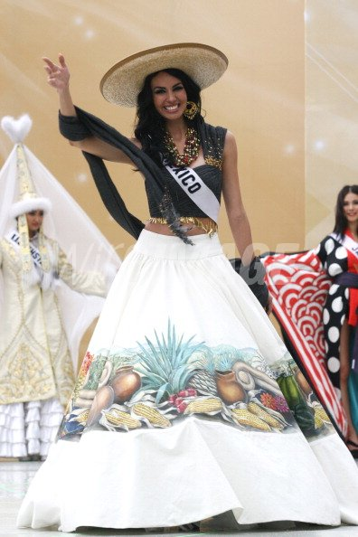 rosa maria ojeda miss universe mexico 2007 wearing national costume