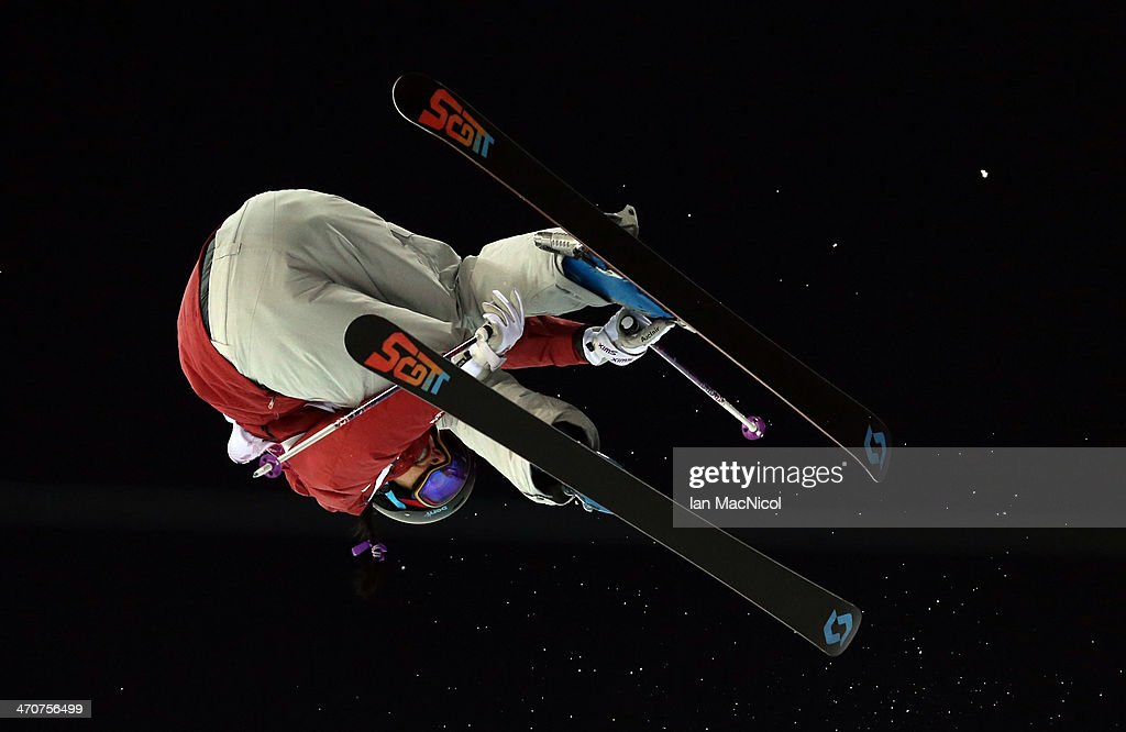 <a gi-track='captionPersonalityLinkClicked' href=/galleries/search?phrase=Rosalind+Groenewoud&family=editorial&specificpeople=4891584 ng-click='$event.stopPropagation()'>Rosalind Groenewoud</a> of Canada competes during the Women's Ski Halfpipe on day thirteen of the 2014 Winter Olympics at Rosa Khutor Extreme Park on February 20, 2014 in Sochi, Russia.