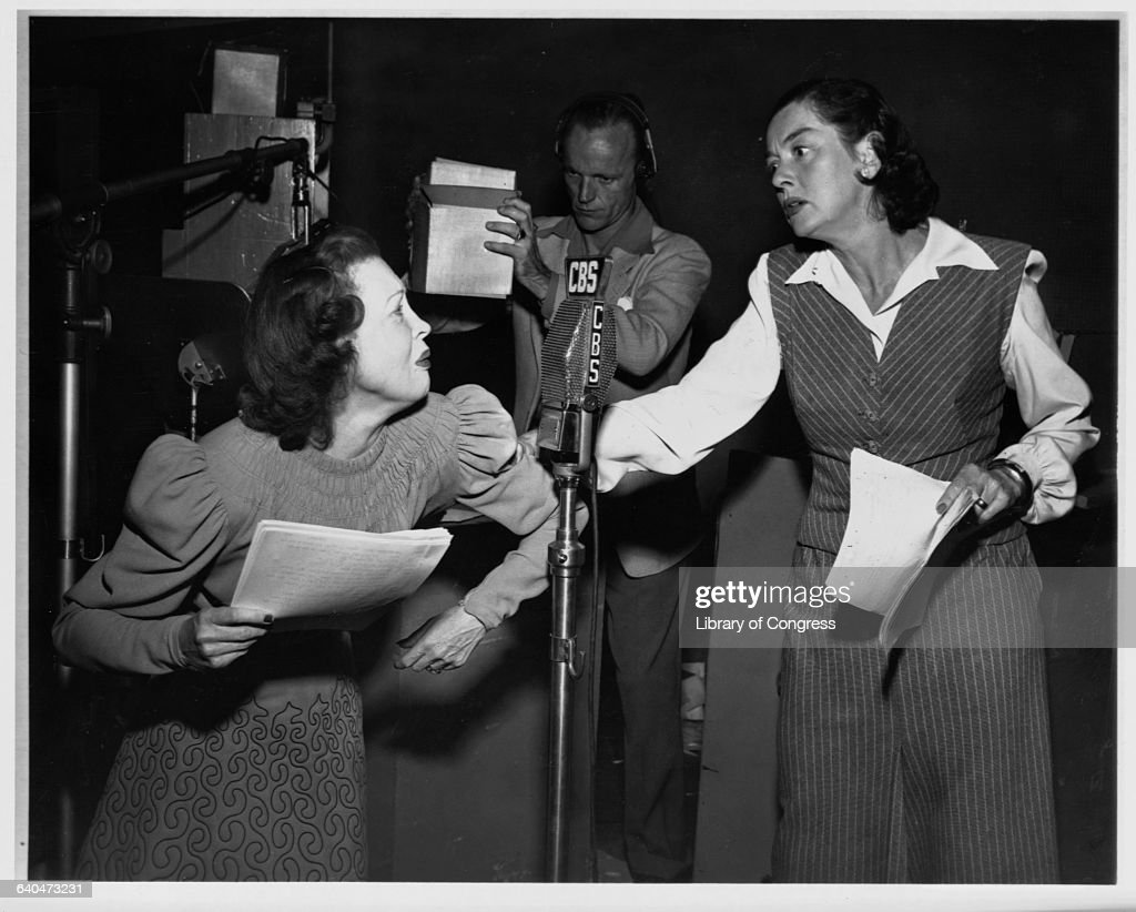 <a gi-track='captionPersonalityLinkClicked' href=/galleries/search?phrase=Rosalind+Russell&family=editorial&specificpeople=206523 ng-click='$event.stopPropagation()'>Rosalind Russell</a> and Lurene Tuttle Starring in 'The Sisters on Suspense'.