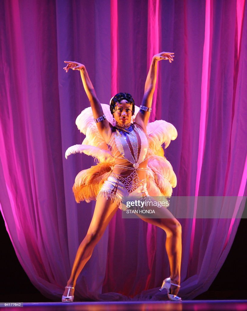 Rosalyn Deshauteurs of the Alvin Ailey American Dance Theater during dress rehearsal of 'Uptown', chorographed by Matthew Rushing, December 9, 2009 in New York. The performance highlights key events of the Harlem Renaissance era in the 1920's. AFP PHOTO/Stan Honda