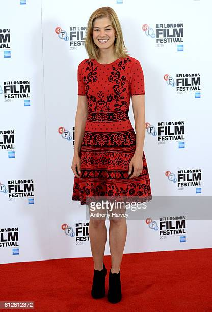Rosamund Pike attends the 'A United Kingdom' photocall during the 60th BFI London Film Festival at The Mayfair Hotel on October 5 2016 in London...