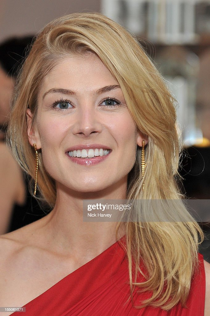 Rosamund Pike attends the Harper's Bazaar Woman of the Year Awards at Claridge's Hotel on October 31, 2012 in London, England.