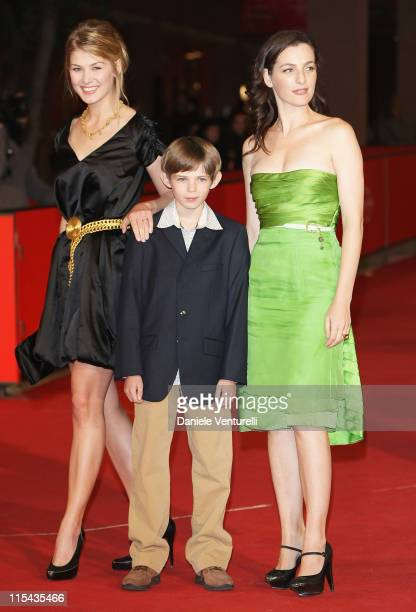 Rosamund Pike Robbie Kay and Ayelet Zurer attend the 'Fugitive Pieces' premiere during Day 3 of the 2nd Rome Film Festival on October 20 2007 in Rome...