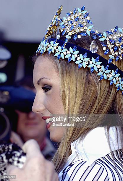 Rosanna Davison arrives at Dublin Airport after winning the Miss World competition in China December 11 2003 in Dublin Ireland