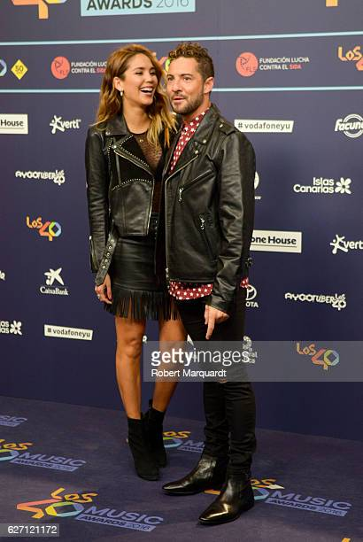 Rosanna Zanetti and David Bisbal pose for a photocall during the Los 40 Music Awards 2016 held at the Palau Sant Jordi on December 1 2016 in...